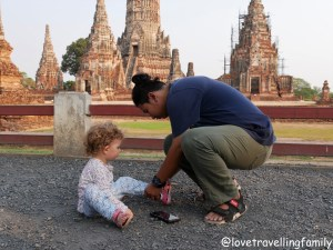 Bangkok with kids. Thailand with family for beginners, Love travelling family Wat Chaiwatthanaram Ayutthaya