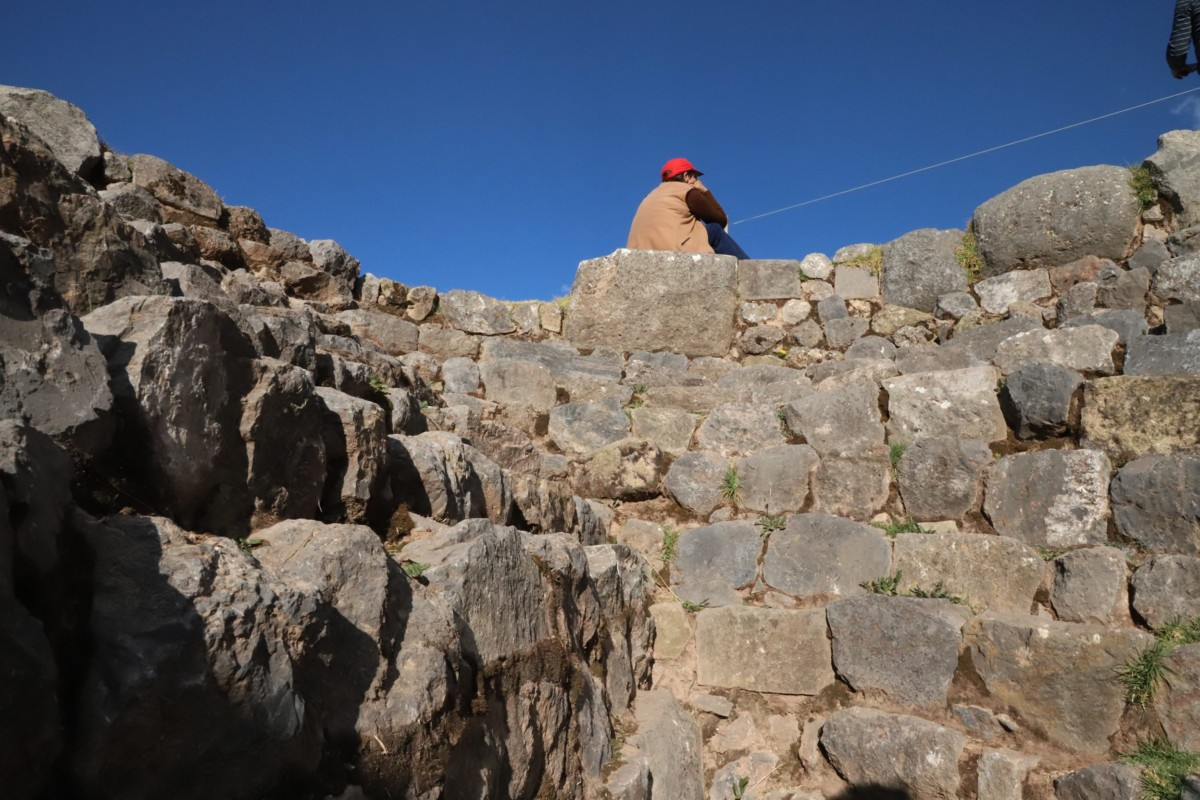 Cusco Sacsayhuaman top of wall
