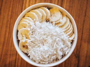 Acai bowl breakfast berries bananas fruit coconut Plano Nekter Juice Bar fitness healthy love you more too north dallas blogger plano lifestyle blogger foodie fitness plano blogger