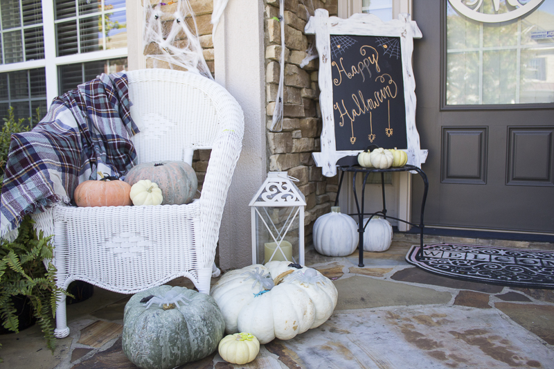 halloween-pumpkins-decor-loveyourabode-9