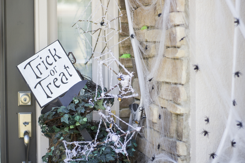 halloween-pumpkins-entrance-diy-loveyourabode-3