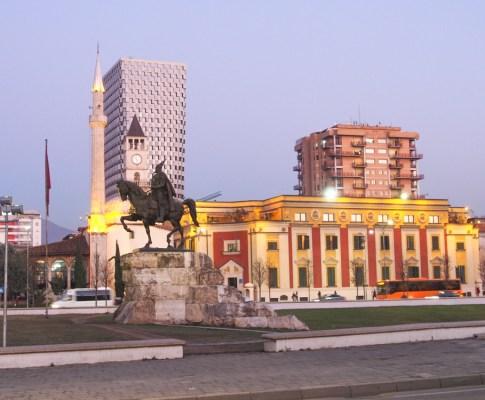 Dove mangiare a Tirana #1