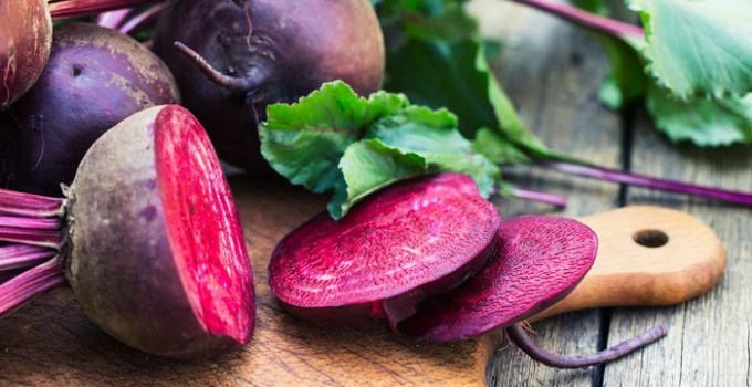 can beets be eaten raw