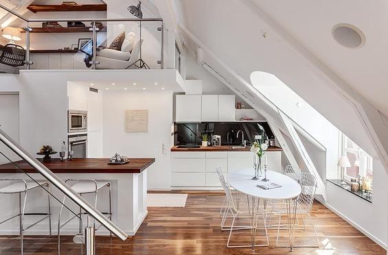 Jak funkcjonalnie zaaranowa mieszkanie na poddaszu