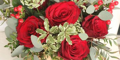 cesto de rosas