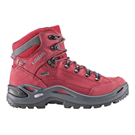 shoes, winter hiking shoes, winter hiking boots, hiking boots, winter hiking wardrobe