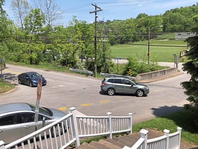 The intersection of Logan's Ferry Road, Franklintowne Court and Sardis Road in Murrysville on Friday, May 21, 2021.