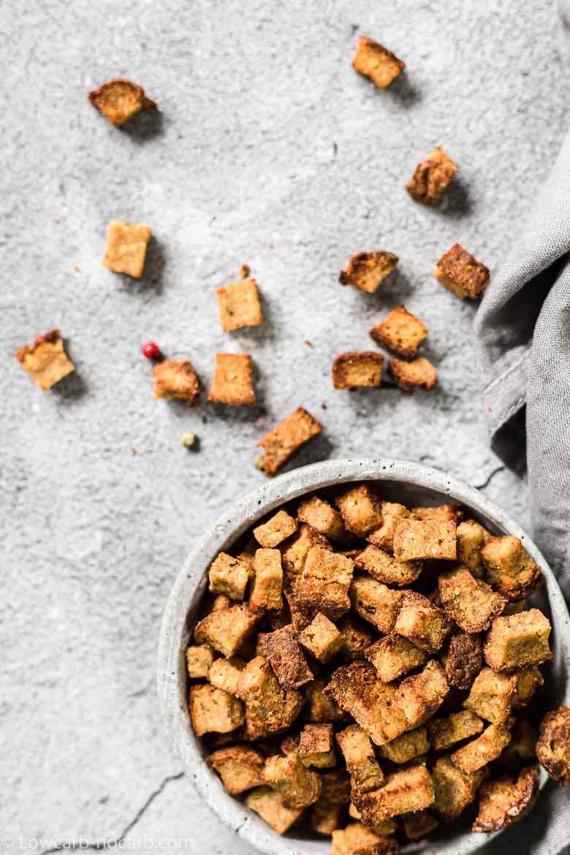 Air Fryer Crispy Garlic Keto Croutons