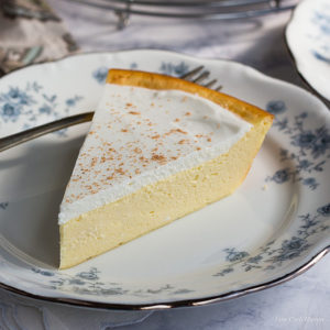 An easy low carb cheesecake perfect for Atkins, Keto, & LCHF diets.
