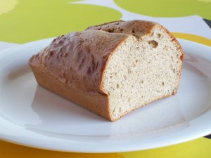 Simple and Fluffy Gluten-Free Low-Carb Bread