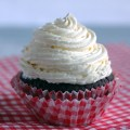 DIY Low-Carb Marshmallow Fluff Frosting