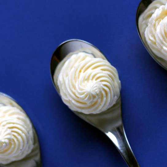 Low-Carb Marshmallow Fluff Frosting, Piped on Spoons