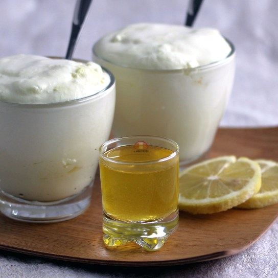 "Sugar-Free Low-Carb ""Limoncello"" Mousse 