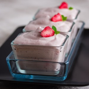 Airy Strawberries and Cream Frosting, as Gelatin Dessert | Low-Carb, So Simple!