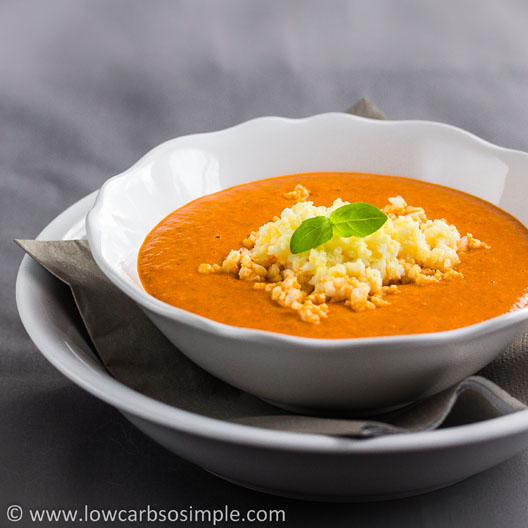 Appetizer Soup from Red Bell Pepper, Garlic and Basil; Garnished with Cooked, Crushed Egg | Low-Carb, So Simple!