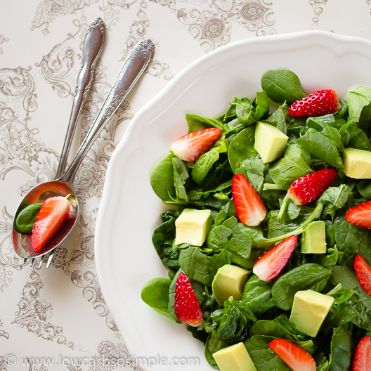 Strawberry, Spinach and Avocado Salad (Vegan)