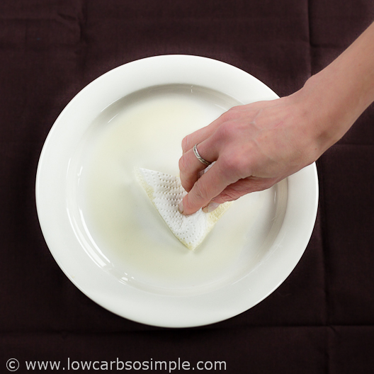 2-Minute 3-Ingredient Low-Carb Tortillas; Greasing the Plate | Low-Carb, So Simple