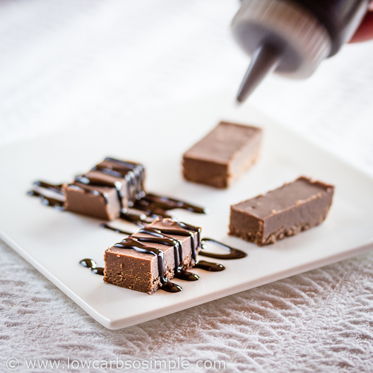 Irresistibly Easy No-Sugar Nutella Fudge; Drizzling with Melted Dark Chocolate | Low-Carb, So Simple