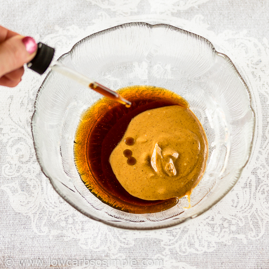 Frozen Peanut Butter Cups; PB, Sukrin Syrup and Vanilla Stevia | Low-Carb, So Simple
