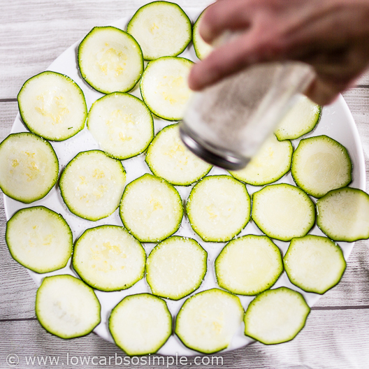 3-Ingredient Real Quick Zucchini Chips; Adding Salt | Low-Carb, So Simple
