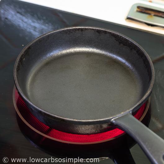 Fluffy 5-Ingredient Pumpkin Pancakes; Heating the Pancake Pan | Low-Carb, So Simple