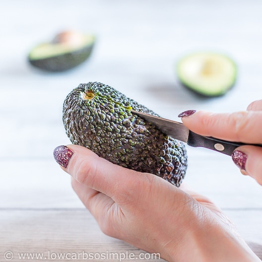 Halving Avocados | Low-Carb, So Simple