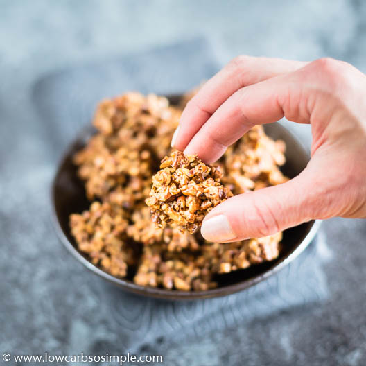 4-Ingredient Crunchy Savory Pecan Clusters | Low-Carb, So Simple