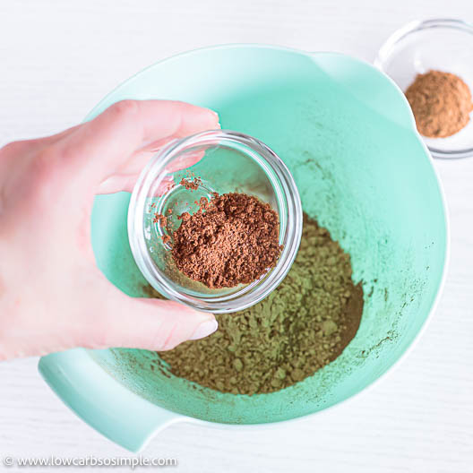 Adding Ground Cloves | Low-Carb, So Simple