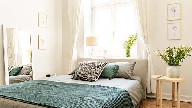 10 Chic Small Bedroom Ideas Lowe S Canada
