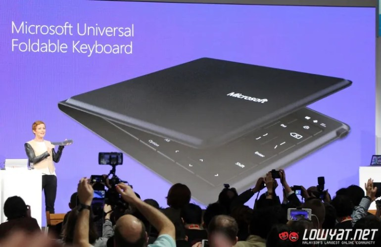 Microsoft Universal Foldable Keyboard MWC 15 01
