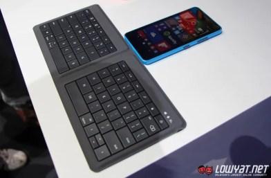 Microsoft Universal Foldable Keyboard MWC 15 02