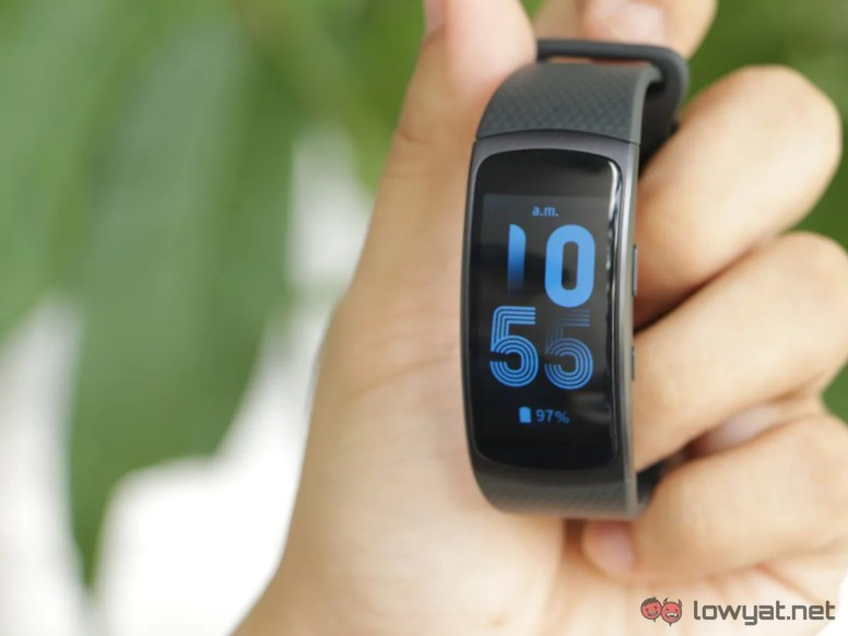 Samsung-GearFit-2-Lightning-Review-IMG_6594
