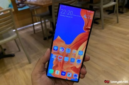 huawei-mate-x-hands-on-25