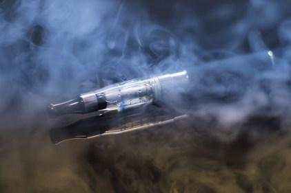 e-cigarette-1881957_640