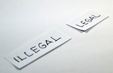 legal-1143115_640