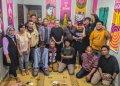 Foto bersama dalam refleksi ulang tahun AJI di sekretariat Aliansi Jurnalis Independen Yogyakarta. Foto. Journal/Bayu Utomo