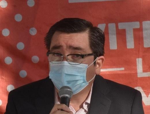 """JUAN JOSÉ FUENTES CASTILLO:"""" NOS LLAMA LA ATENCIÓN QUE AHORA OPINEN DE LA SITUACION EPIDIDEMIOLOGICA, SIENDO QUE CUANDO ESTUVIMOS AL 100% DE OCUPACIÓN DE CAMAS, NI SE PREOCUPARON POR LLAMAR"""""""