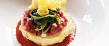 Tartare di Carne su Frittatina di Pasta, Corbarino e Sedano-rapa