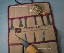 Interchangeable tool and handle wood carving sets