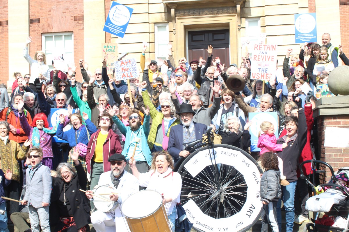 The SLUG – Save Lincoln Usher Gallery – Campaign Group Marches Through Lincoln