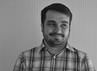 Alejandro-Medrano-Foto-Exterior-2º-327-×-238-Blanco-y-negro.jpg