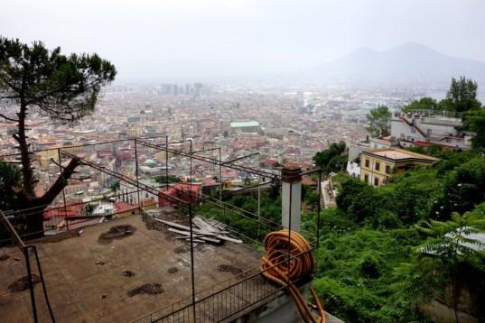 Blick von Sant'Elmo mit Vesuv