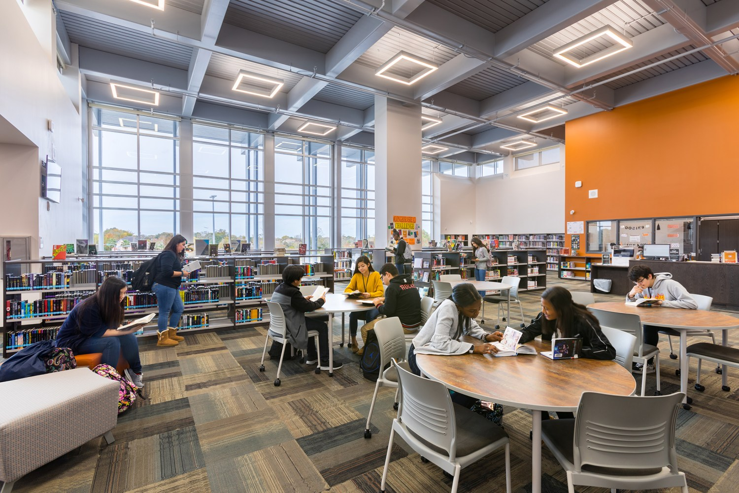 Dobie Ninth Grade Center - Library and Resource Center