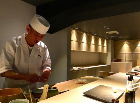 ネタよし、仕事よしの鮨をカウンターで楽しむ。凛とした空間でお手頃にいただける銀座の新店!@すし縁(銀座)
