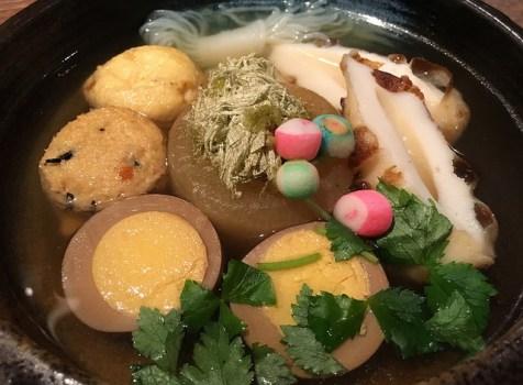 信州長野の日本酒にクリアなお出汁のおでんが魅力の小さなお店。@酒と魚 mocchi(神泉)