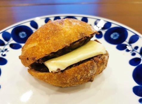 【京都・西京極】ブーランジェリー・ヤマザキ@ゲストハウスでの朝ごはん用に。旅先で美味しいパンに出会った!