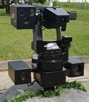 Uno de los robots asesinos centinela fabricados por Samsung