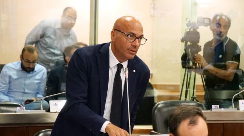 Petrolio: Bardi estromette tutti dai tavoli ma non ha ancora proposte per sviluppo e occupazione