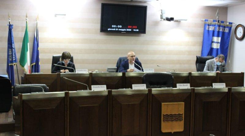 Forestazione e rimodulazione PSR, assenze giustificate last minute. Discussione rinviata in II commissione.