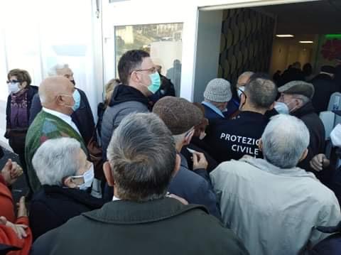Vaccini ultra ottantenni a Matera, sconforto per la disorganizzazione